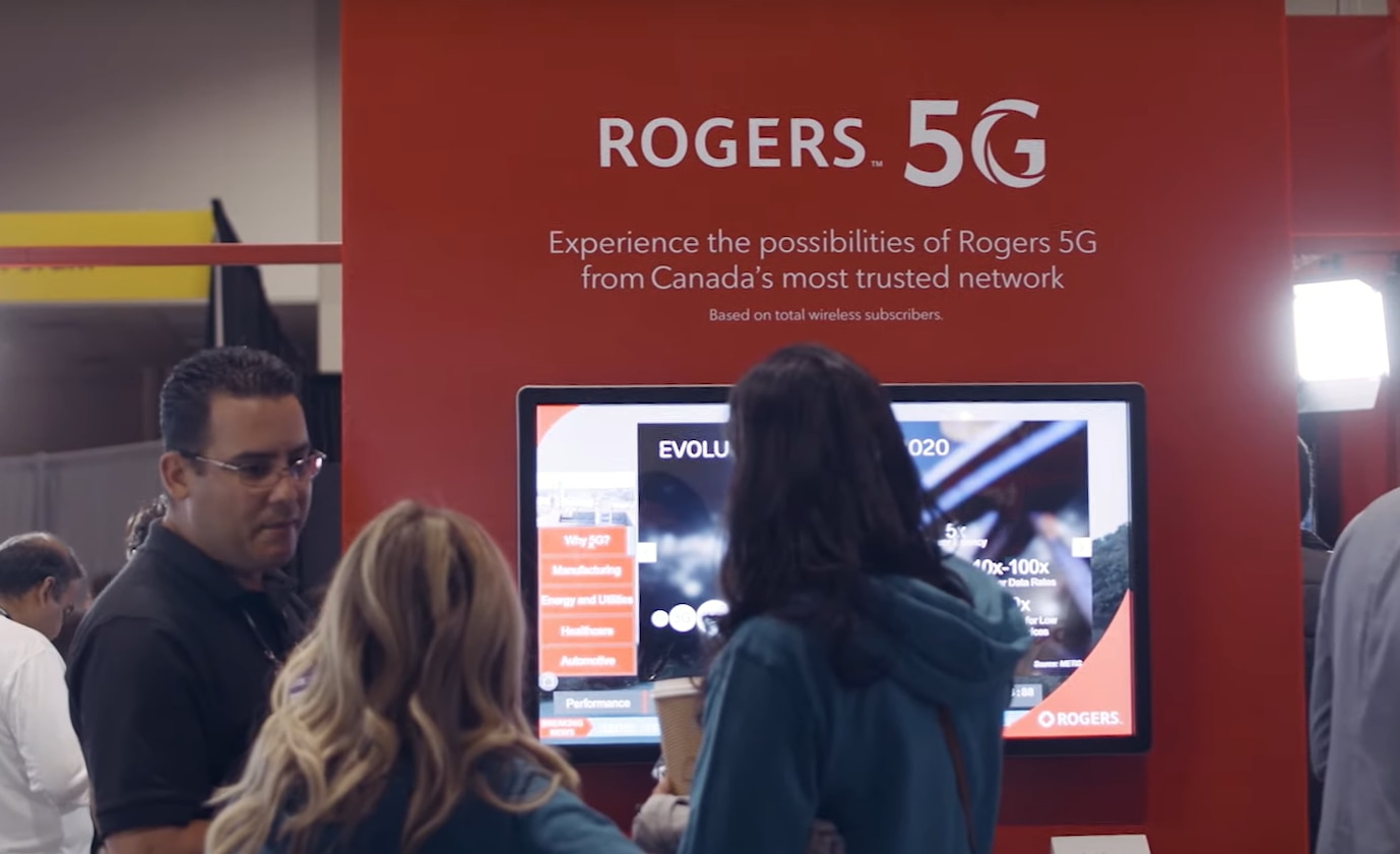 Rogers 5G booth at the Collision conference